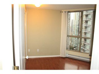 "Photo 9: 1905 867 HAMILTON Street in Vancouver: Downtown VW Condo for sale in ""JARDINES LOOKOUT"" (Vancouver West)  : MLS®# V1077240"