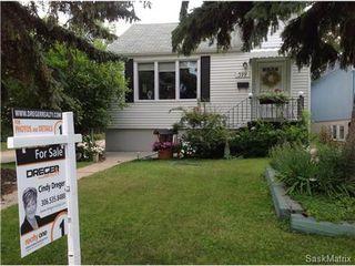 Photo 2: 399 LEOPOLD Crescent in Regina: Crescents Single Family Dwelling for sale (Regina Area 05)  : MLS®# 507538