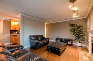 "Photo 13: 101 2615 LONSDALE Avenue in North Vancouver: Upper Lonsdale Condo for sale in ""HarbourView"" : MLS®# V1078869"