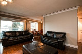 "Photo 9: 101 2615 LONSDALE Avenue in North Vancouver: Upper Lonsdale Condo for sale in ""HarbourView"" : MLS®# V1078869"