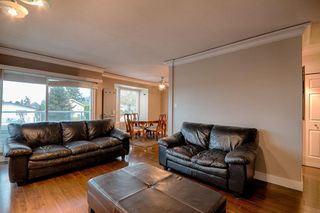 "Photo 15: 101 2615 LONSDALE Avenue in North Vancouver: Upper Lonsdale Condo for sale in ""HarbourView"" : MLS®# V1078869"