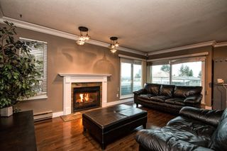 "Photo 10: 101 2615 LONSDALE Avenue in North Vancouver: Upper Lonsdale Condo for sale in ""HarbourView"" : MLS®# V1078869"