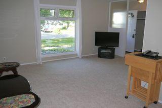 Photo 3: 42 Laval Drive in Winnipeg: Fort Richmond Single Family Detached for sale (South Winnipeg)  : MLS®# 1421720