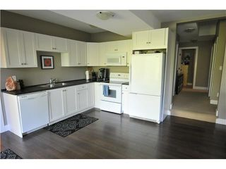 Photo 13: 7125 177A ST in Surrey: Cloverdale BC House for sale (Cloverdale)  : MLS®# F1419223