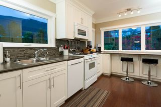 Photo 8: 4183 HIGHLAND BOULEVARD in North Vancouver: Forest Hills NV House for sale : MLS®# R2064082