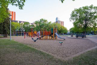 Photo 22: #1 10255 117 ST NW in Edmonton: Zone 12 Condo for sale : MLS®# E4021530