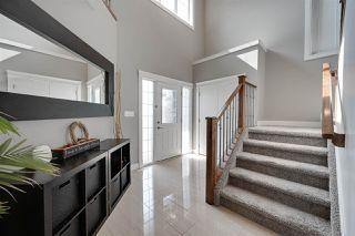 Photo 2: 1418 HAYS Way in Edmonton: Zone 58 House for sale : MLS®# E4170389
