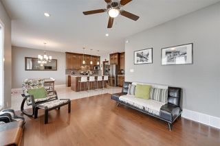 Photo 6: 1418 HAYS Way in Edmonton: Zone 58 House for sale : MLS®# E4170389
