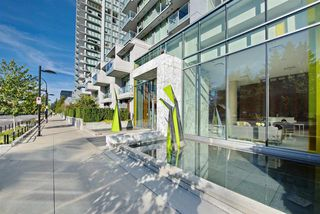 "Photo 2: 909 6588 NELSON Avenue in Burnaby: Metrotown Condo for sale in ""THE MET"" (Burnaby South)  : MLS®# R2398419"