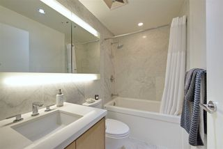 "Photo 12: 909 6588 NELSON Avenue in Burnaby: Metrotown Condo for sale in ""THE MET"" (Burnaby South)  : MLS®# R2398419"