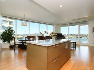 Photo 2: 301 391 Tyee Road in VICTORIA: VW Victoria West Condo Apartment for sale (Victoria West)  : MLS®# 415534