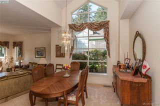 Photo 7: 76 530 Marsett Place in VICTORIA: SW Royal Oak Row/Townhouse for sale (Saanich West)  : MLS®# 416088