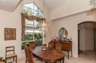 Photo 8: 76 530 Marsett Place in VICTORIA: SW Royal Oak Row/Townhouse for sale (Saanich West)  : MLS®# 416088