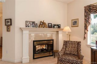 Photo 6: 76 530 Marsett Place in VICTORIA: SW Royal Oak Row/Townhouse for sale (Saanich West)  : MLS®# 416088