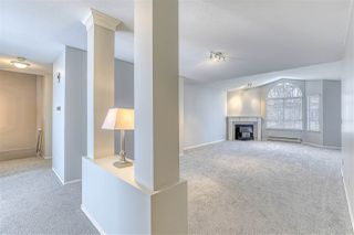 """Photo 7: 220 13895 102 Avenue in Surrey: Whalley Townhouse for sale in """"WINDHAM ESTATES"""" (North Surrey)  : MLS®# R2433683"""