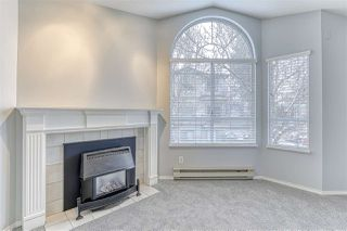 """Photo 5: 220 13895 102 Avenue in Surrey: Whalley Townhouse for sale in """"WINDHAM ESTATES"""" (North Surrey)  : MLS®# R2433683"""