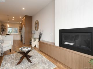 Photo 7: 7 4355 Viewmont Avenue in VICTORIA: SW Royal Oak Row/Townhouse for sale (Saanich West)  : MLS®# 420909