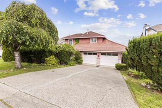 Photo 2: 1128 FRASERVIEW Street in Port Coquitlam: Citadel PQ House for sale : MLS®# R2468460