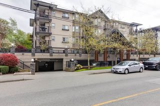 "Photo 2: 205 5488 198 Street in Langley: Langley City Condo for sale in ""BROOKLYN WYND"" : MLS®# R2516608"