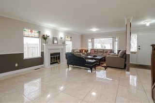 Photo 3: 8518 121 Street in Surrey: Queen Mary Park Surrey House for sale : MLS®# R2519098