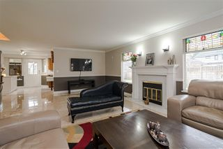 Photo 7: 8518 121 Street in Surrey: Queen Mary Park Surrey House for sale : MLS®# R2519098