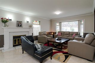 Photo 5: 8518 121 Street in Surrey: Queen Mary Park Surrey House for sale : MLS®# R2519098