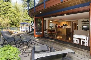 Photo 1: 560 NEWCROFT PLACE in West Vancouver: Cedardale House for sale : MLS®# R2506754