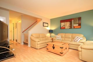 Photo 2: 6 21541 MAYO Place in Maple Ridge: West Central Townhouse for sale : MLS®# V975183