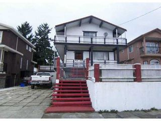 Photo 3: 7819 12 Avenue in Burnaby: East Burnaby House for sale : MLS®# V859138