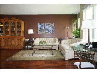"Photo 2: 408 6707 SOUTHPOINT Drive in Burnaby: South Slope Condo for sale in ""MISSION WOODS"" (Burnaby South)  : MLS®# V1015325"