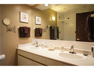 "Photo 17: 408 6707 SOUTHPOINT Drive in Burnaby: South Slope Condo for sale in ""MISSION WOODS"" (Burnaby South)  : MLS®# V1015325"