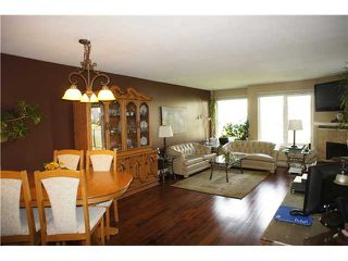 "Photo 4: 408 6707 SOUTHPOINT Drive in Burnaby: South Slope Condo for sale in ""MISSION WOODS"" (Burnaby South)  : MLS®# V1015325"