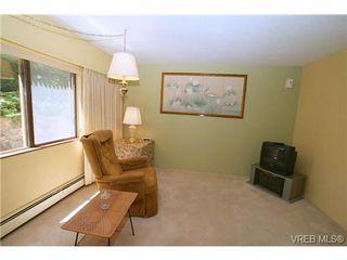 Photo 13: 107 2930 Cook St in VICTORIA: Vi Mayfair Condo for sale (Victoria)  : MLS®# 645956