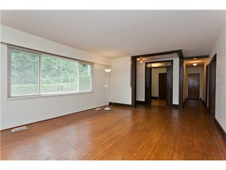 Photo 5: 2351 COMO LAKE Avenue in Coquitlam: Chineside House for sale : MLS®# V1022988