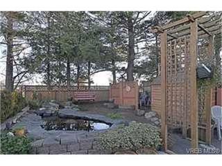 Photo 9: 359 Pooley Pl in VICTORIA: Es Old Esquimalt Half Duplex for sale (Esquimalt)  : MLS®# 454988