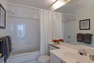 "Photo 8: 403 2288 W 12TH Avenue in Vancouver: Kitsilano Condo for sale in ""CONNAUGHT POINT"" (Vancouver West)  : MLS®# V1077930"
