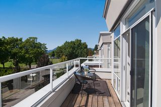 "Photo 9: 403 2288 W 12TH Avenue in Vancouver: Kitsilano Condo for sale in ""CONNAUGHT POINT"" (Vancouver West)  : MLS®# V1077930"