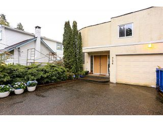 Photo 2: 724 IOCO RD in Port Moody: North Shore Pt Moody House for sale : MLS®# V1117016
