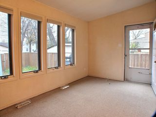 Photo 10: 602 Rosedale Avenue in Winnipeg: Lord Roberts Residential for sale (Winnipeg area)  : MLS®# 1528097