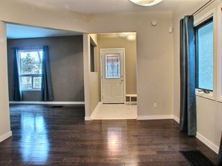Photo 2: 602 Rosedale Avenue in Winnipeg: Lord Roberts Residential for sale (Winnipeg area)  : MLS®# 1528097