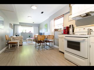 Photo 16: 2754 PARKER STREET in Vancouver: Renfrew VE House for sale (Vancouver East)  : MLS®# R2074748