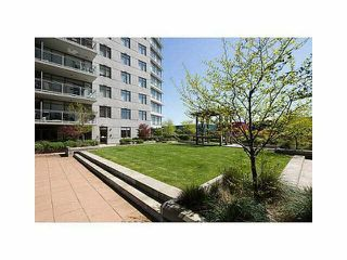 Photo 9: 2902 892 CARNARVON STREET in New Westminster: Downtown NW Condo for sale : MLS®# R2123726