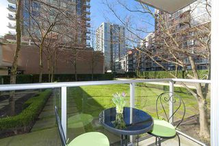 Photo 8: 208 1001 RICHARDS STREET in Vancouver: Downtown VW Condo for sale (Vancouver West)  : MLS®# R2141824