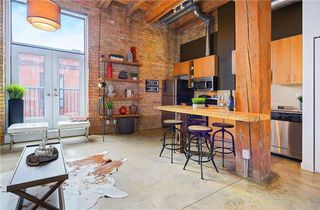 Photo 1: 363 Sorauren Ave Unit #206 in Toronto: Roncesvalles Condo for sale (Toronto W01)  : MLS®# W3724289