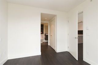 Photo 10: 1101 3007 GLEN DRIVE in Coquitlam: North Coquitlam Condo for sale : MLS®# R2276119