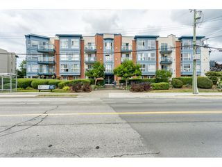 "Main Photo: 205 20277 53 Avenue in Langley: Langley City Condo for sale in ""Metro II"" : MLS®# R2388554"