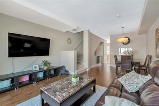 Photo 2: 105 2450 161A Street in Surrey: Grandview Surrey Townhouse for sale (South Surrey White Rock)  : MLS®# R2390748
