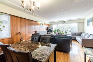 Photo 6: 225 E 57 Avenue in Vancouver: South Vancouver House for sale (Vancouver East)  : MLS®# R2403721