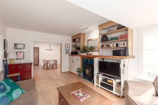 """Photo 7: 1937 GRAVELEY Street in Vancouver: Grandview Woodland House for sale in """"Commercial Drive"""" (Vancouver East)  : MLS®# R2404224"""