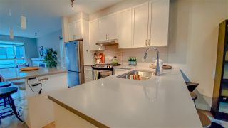 """Photo 6: 38359 SUMMIT'S VIEW Drive in Squamish: Downtown SQ Townhouse for sale in """"Eaglewind Natures Gate"""" : MLS®# R2417115"""